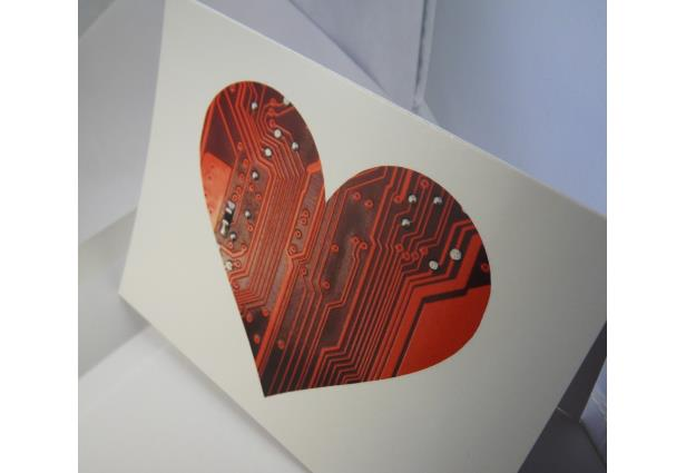 Do you have a special geek in your life? Then don't send them an ordinary card this Valentine's Day — mail them an awesome geeky design that will speak right to their heart. Source :- mashable.com