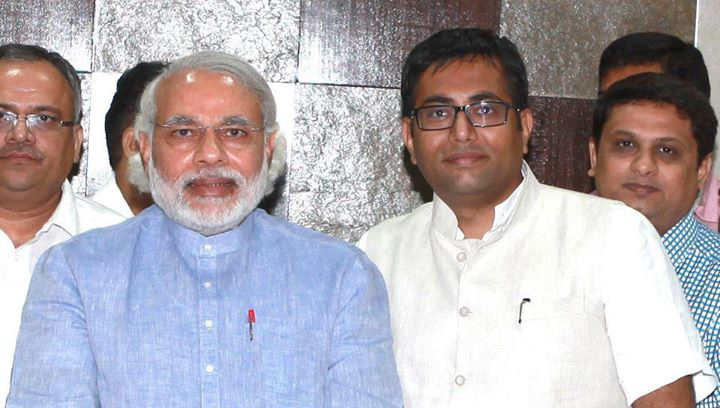 Bijoy Patel- Business Head, CompuBrain with Hon Chief Minister, Narendra Modi.