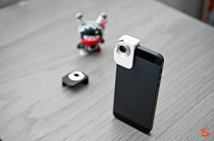 Polarizer Filter Lens Clip for iPhone 5: Accessory makers are stopping at nothing to find ways that could improve your stock device and unlocking its true potential. And this time that particular accessory comes to us in the form of a camera lens attachment geared exclusively for the iPhone 5